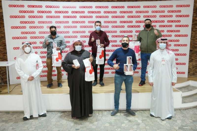 "Dardab and Samir Shehab from ""Ooredoo"" with representatives of POS"