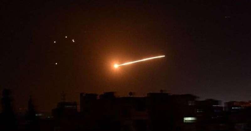 دمشق: الدفاعات الجوية السورية تتصدى لعدوان في سماء حمص